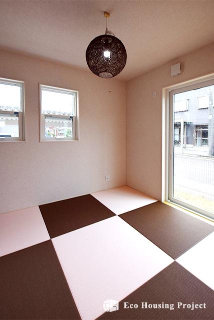 南欧スタイル・樹脂サッシで快適空間のかわいいお家♪