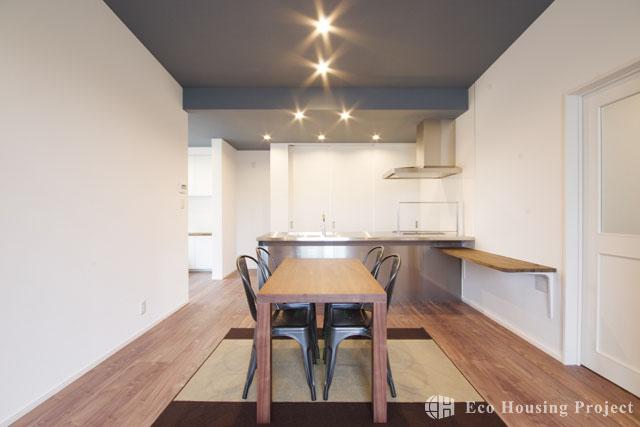 こだわり満載!2世帯で暮らすオープンキッチンのあるお家