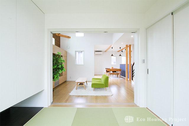 woody style リラックス感あふれるガレージハウス